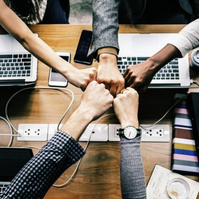 What is a Self-organizing Team?